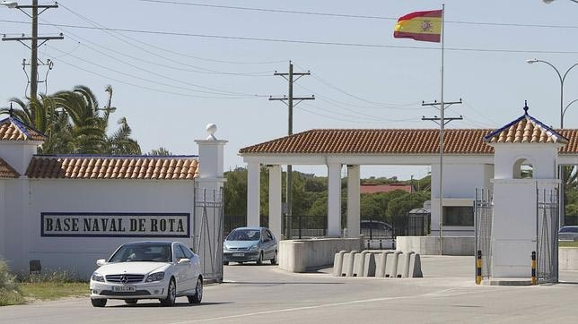 Extension of the NCO BASE NAVAL ROTA pavilions (CADIZ)